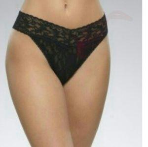 Hanky Panky Other - Hanky panky original rise black lace thong panty