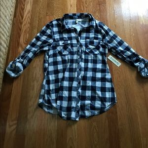 Passport Tops - BNWT-Navy and white checkered blouse