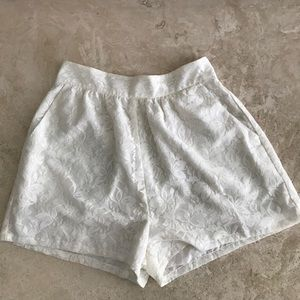 Aaron Ashe Pants - White lace silk shorts. perfect for summer or 👰🏽