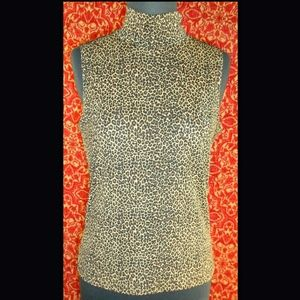 Susan Lawrence Tops - SUSAN LAWRENCE leopard sleeveless crew neck S
