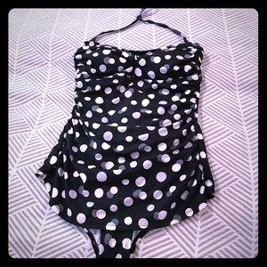 Jantzen Other - Jantzen! One piece black and white polka dot suit!