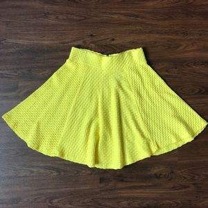 H&M Dresses & Skirts - HM yellow skirt, NWOT size XS.
