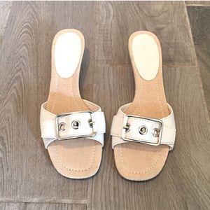 Predictions Shoes - ❣BOGO 1/2 off❣🆕 Kitten heel white buckle sandals