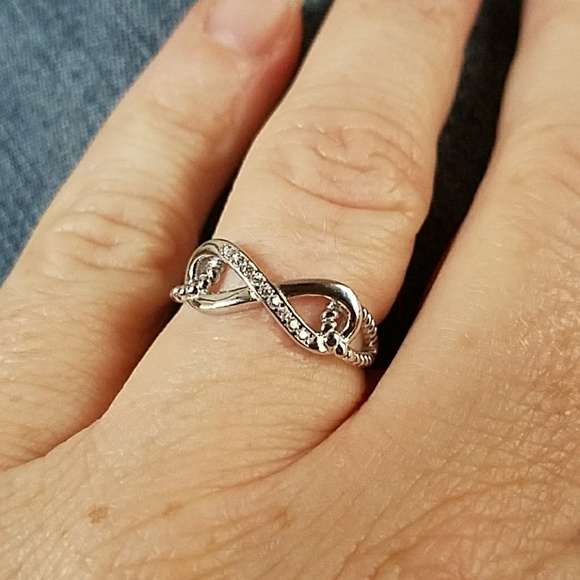 71 off jewelry nwt beautiful 925 sterling silver for Infinity ring jewelry store