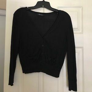 Black long sleeve cropped cardigan