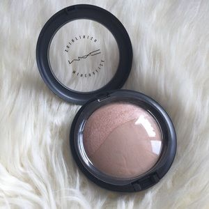 MAC Cosmetics Other - MAC Mineralize Skin Finish in Medium Natural!
