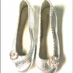 Report Shoes - Silver flats
