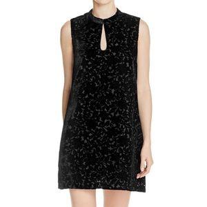 Juke black velvet dress