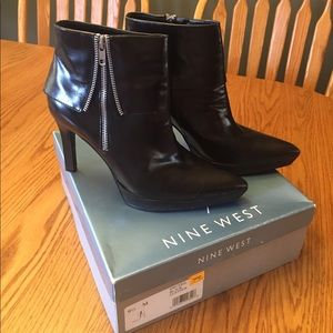 Nine West Black Leather Ankle Boots