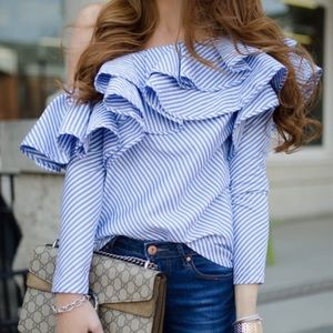 Tops - Ruffled, striped, off shoulder top ❤️