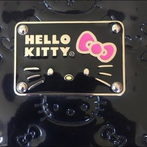 7d53ce818 Hello Kitty Bags - Hello Kitty Loungefly Patent Laptop Sleeve NWOT