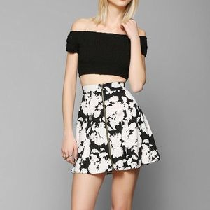 Urban Outfitters Dresses & Skirts - Pins and Needles Mini Skirt Floral Size Small