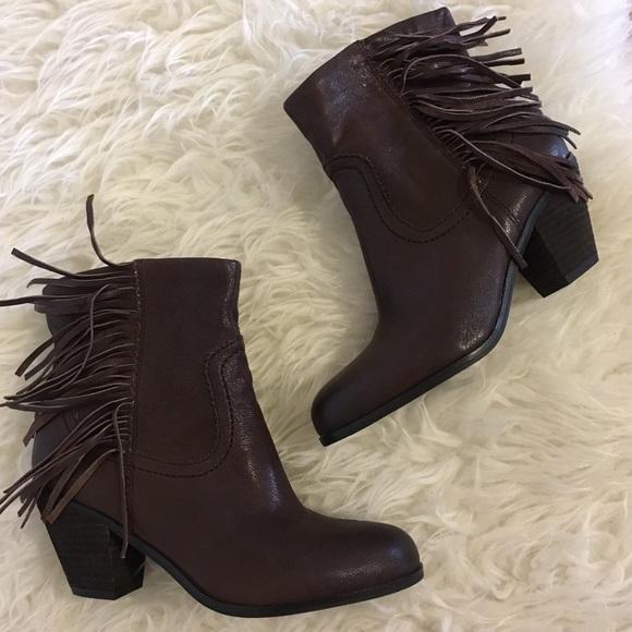 f50ebe2aaa4f6 •Sam Edelman Louie brown fringe booties size 7.5•