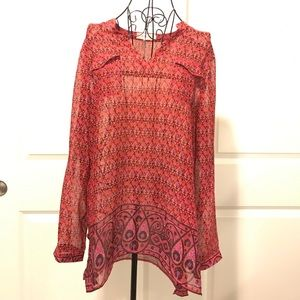Two by Vince Camuto Tops - Two by Vince Camuto Flower Design Long Sleeve Top