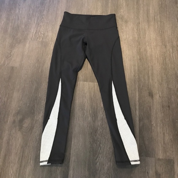 How much are pink yoga pants-5927