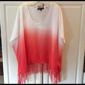 Absolutely Famous Tops - White & Coral Shawl Top w/ Crocheted Fringe