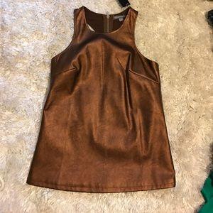 Tinley Road Bronze wax top