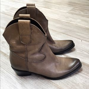 Alberto Fermani Shoes - Alberto Fermani Leather Western Ankle Boots - NEW