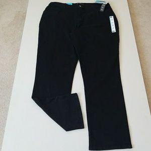 Lee Denim - NWT Figure Flattering Jeans  18W Long