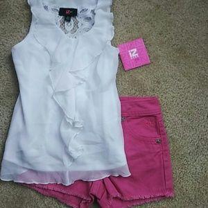Iz Byer Other - NWT Ruffle Top & NWOT Shorts Size 7