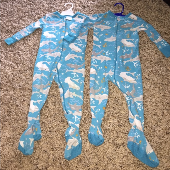 76 Off Old Navy Other Old Navy Footie Pajamas Pjs