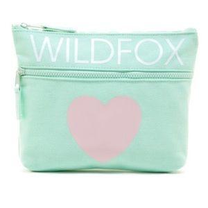 🎉500k SALE🎉NWT Wildfox Pool Party Bikini Bag