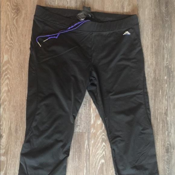 41 off h m sport pants h m sport sz l black drawstring. Black Bedroom Furniture Sets. Home Design Ideas
