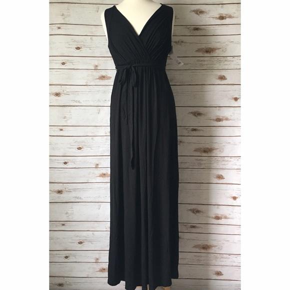 Liz Lange For Target Dresses Nwt Liz Lange Black Knit Maternity Maxi Dress Poshmark