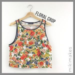 [ astr ] floral printed crop top button side tank