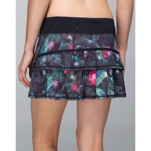 Lululemon Pace Setter Skirt- Curious Jungle, Sz 8
