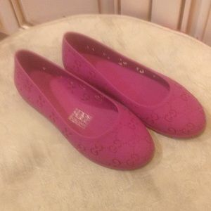 Gucci girls Pink jelly shoes Sz 1/31