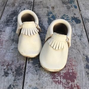 Freshly Picked Other - FRESHLY PICKED MOCCS CREAM COLOR SZ 3 Infant