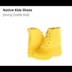 NATIVE YOUTH Other - Native boots size 1:: 'jimmy' versatile, vegan