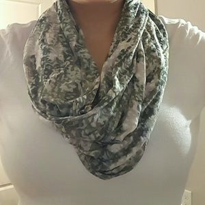 Apt.9 Accessories - Infinity scarf