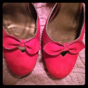 Aerology Shoes - Red suede heels with bows, gold trim. Wrap me up!