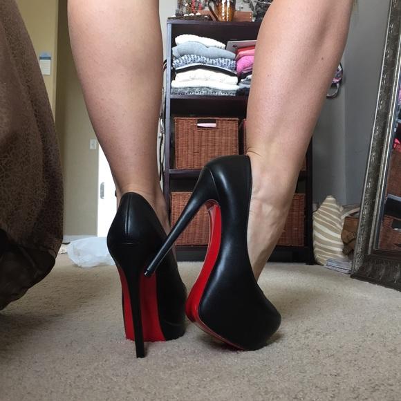 15cd50c0c3e Black stiletto red sole LV high heel pumps 38.5 8.  M 5945f1adf739bc69020971d6