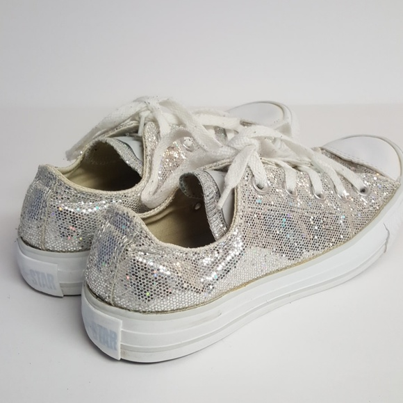 Size 6 Holographic Glitter Converse All Stars