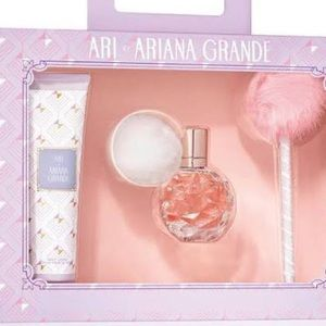 Ariana Grande Other - ARI BY ARIANA GRANDE LOTION ONLY