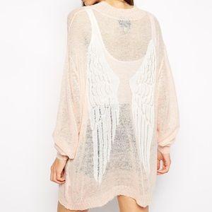 Wildfox Sweaters - Wildfox Peach Angel Wings Oversized Cardigan