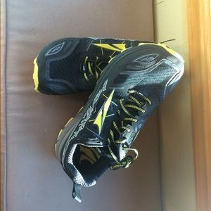 Altra Other - Men's Altra trail running shoes size 10.5m