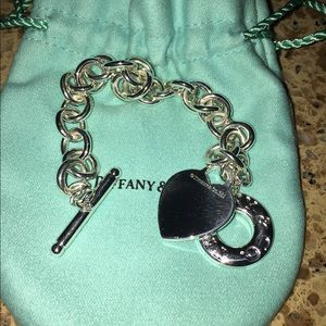 Tiffany & Co. Accessories - Tiffany Toggle bracelet with heart charm