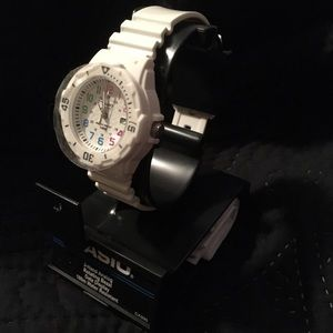 Casio Accessories - NWT Casio Watch