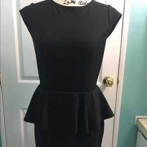 Missoni for Target Dresses & Skirts - 🌺🌺SALE🌺🌺MISSONI black dress ruffled size M
