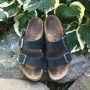 Birkenstock Shoes - Black Birkenstock Arizona sandals