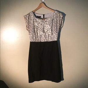 Alyx Dresses & Skirts - Polka dot bow dress