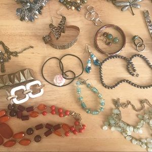 Jewelry - HUGE Jewelry Lot! Watches, sets, brooches, more! ✨