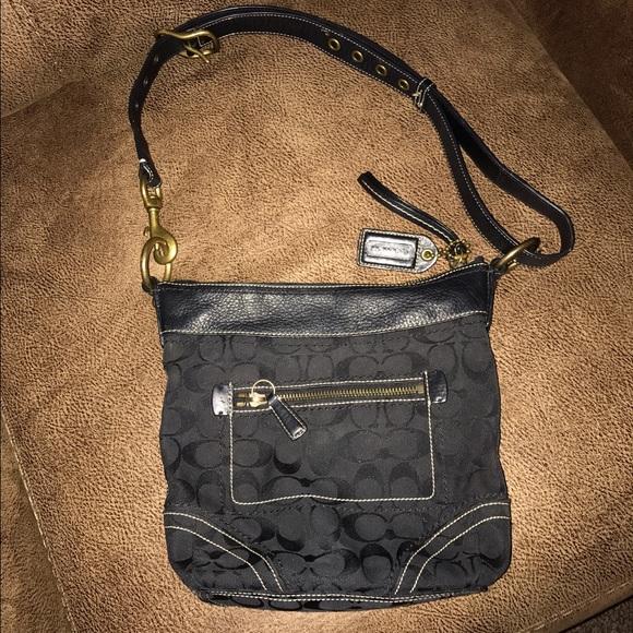 Coach Handbags - Authentic Coach Convertible Crossbody f412019d56e00
