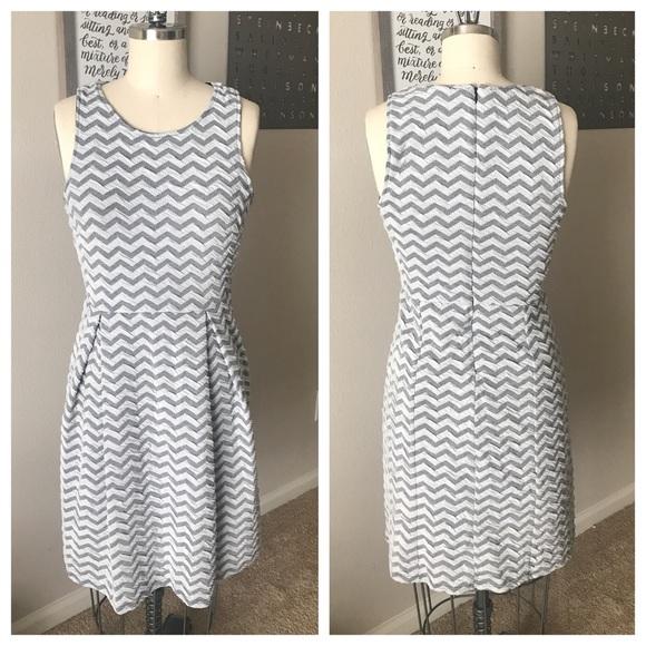 Stitch Fix 41Hawthorn Jace Chevron Print Dress