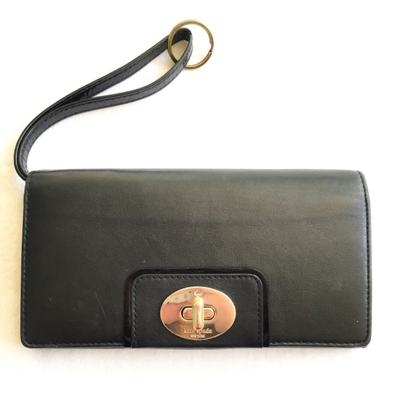 3a8f128c6cce kate spade Handbags - Kate Spade Hampton Road Turnlock Mara Wallet