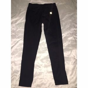 Actra Pants - Actra Sports Performance Leggings